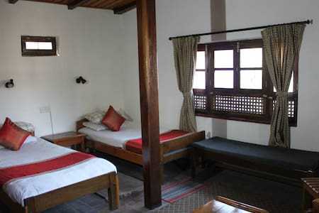 Quiet,clean,friendly b&b homestay - twin room - Bhaktapur