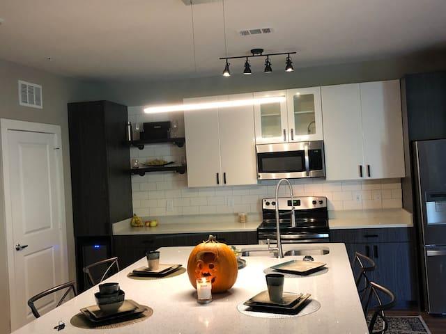 Cozy Luxury Private Room /Amenities