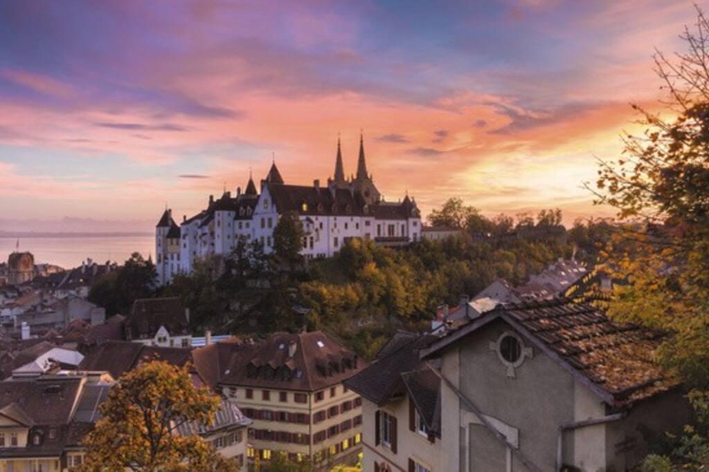 Couché de soleil sur Neuchâtel // Sunset on Neuchâtel