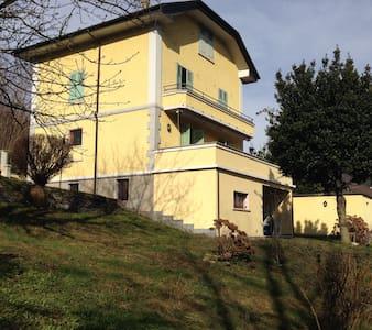 casa cecilia accogliente trilocale  - Ghevio