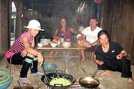 Sapa trekking for Backpackers  - Sa Pa - Casa
