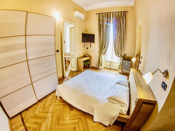 Appartamento 37 Torino centro piazza Solferino