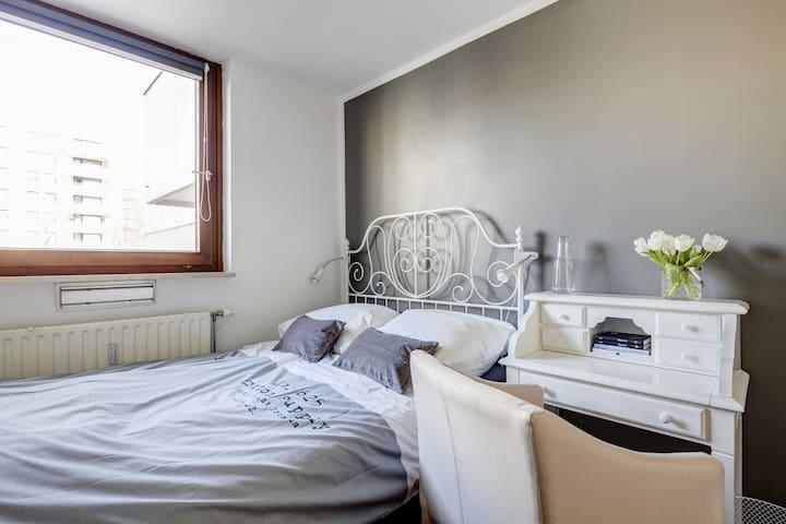 Chic&cozy room w/private bathroom - Munich - Apartment