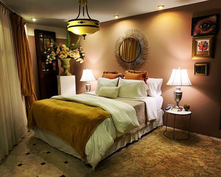 Suite Madonna Exclusive suite near Antigua
