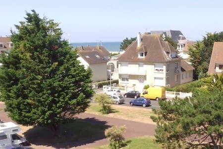 Appartement à 80 mètres de la mer - Merville-Franceville-Plage