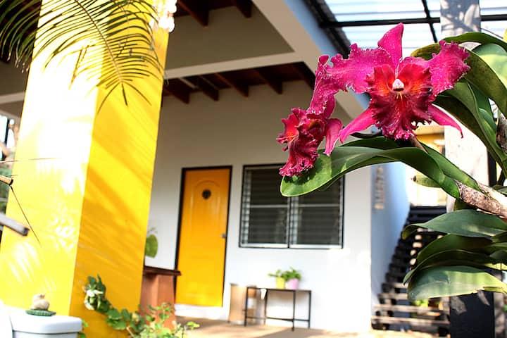 Gardenroom  Hostel Suvarnabhumi BKK