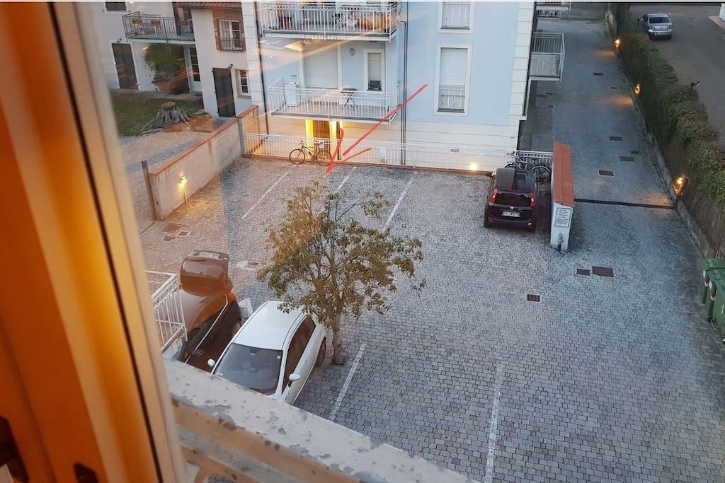 Posto auto / Parking space