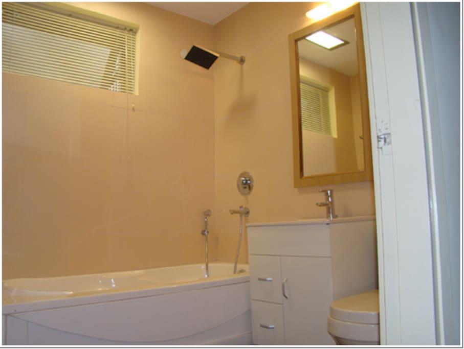 Bathroom of Room # 102 of BnB-Delhi