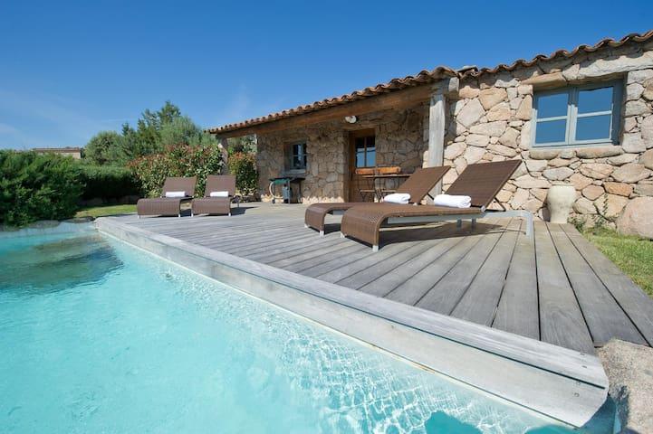 bergerie 2 chambres vue mer piscine chauffée