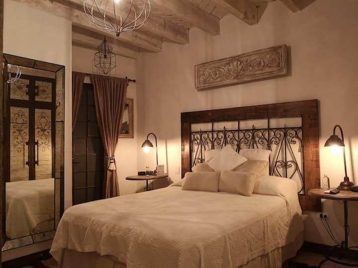 La Joyita - Charming Luxury Home