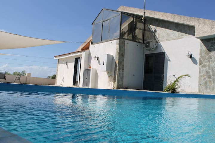 MARVELOUS FLAT WITH POOL ACCESS