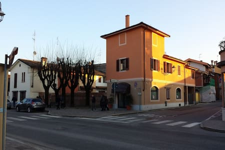 Flat in Milan's hills and vineyards - San Colombano Al Lambro - Hus
