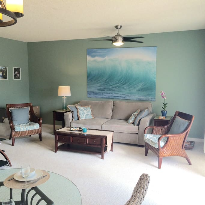 Spacious living room with gorgeous views and awesome trade winds.