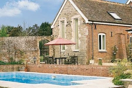 Countryside Coach House - Wareham