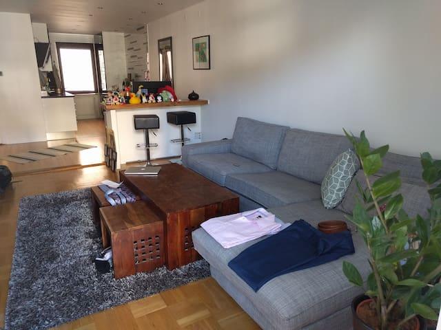 Kanonfräscht boende tjugo minuter från t-centralen - Stockholm - Wohnung