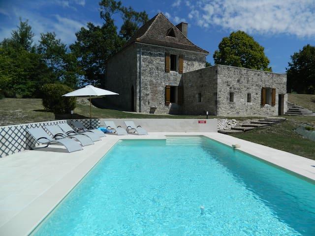 Maison avec piscine privée pour 6 personnes,