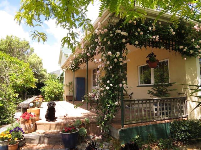 Sunny Villa with fabulous views - Nelson - Talo