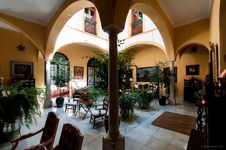 Casa  San Jose - Palma del Río - Boutique hotel
