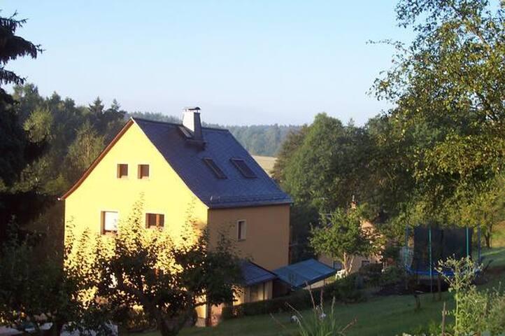 Goeltzschtal-Aapartment für 5 Personen in Lengenfeld