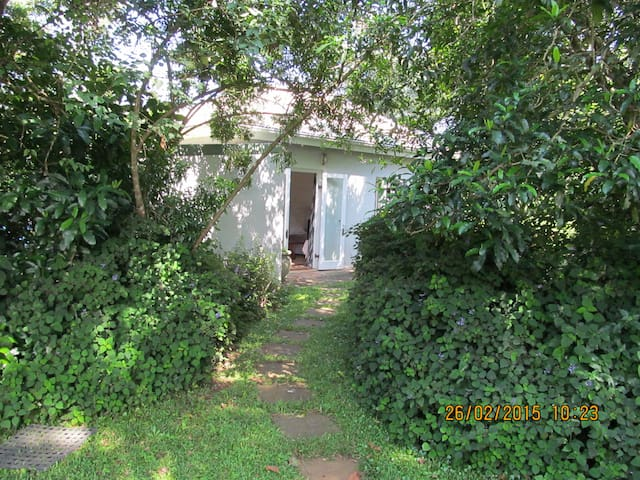 Self catering garden cottage  - Hillcrest