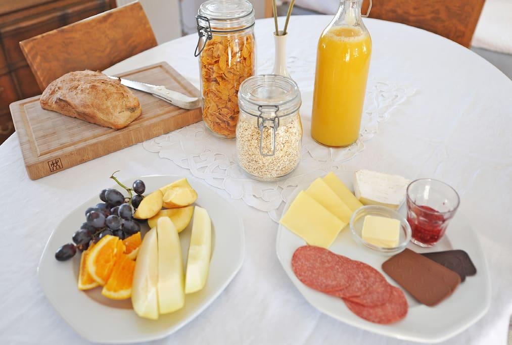 Lækker morgenmad kan arrangeres.