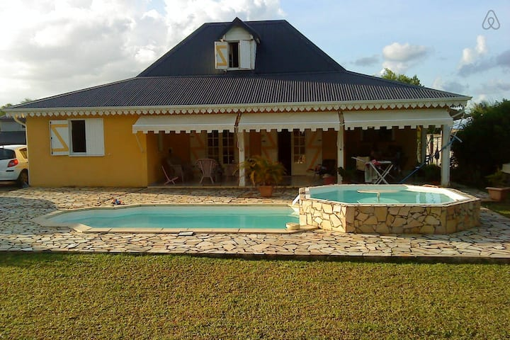 Belle villa Piscine