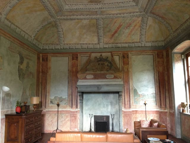 Dimora storica di grande pregio  - Scano Al Brembo - Huis