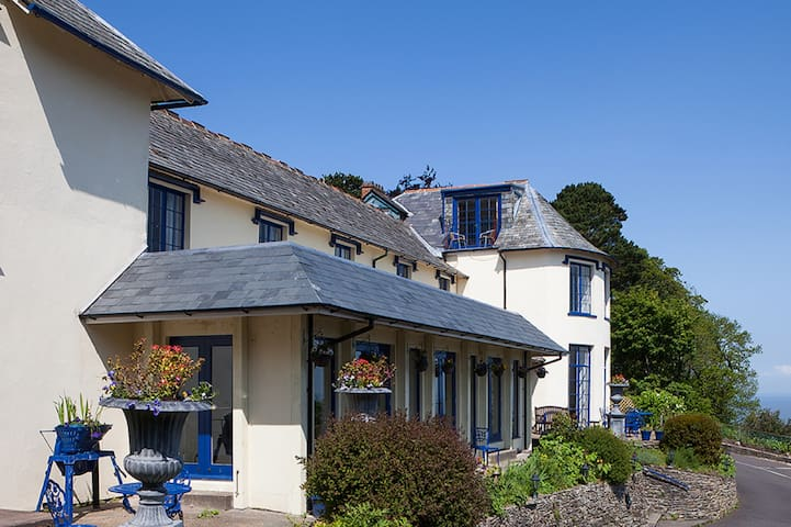Lynton Cottage Sea View Apartments - Lynton - Lägenhet