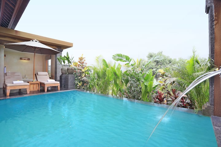 Ubud Private Pool Villa #Romance #Unique