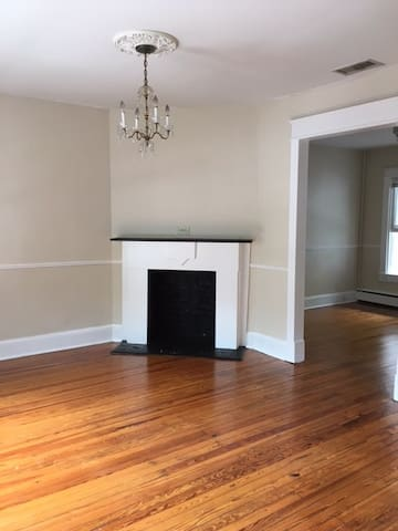 Spacious Sunny private room in Georgetown! - Washington - House