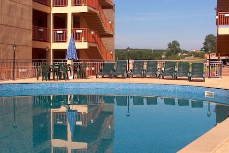 Apartment for rent in Sinemorets - 2 bedrooms - Sinemorets