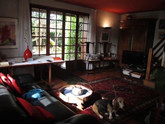 CRISTAL Lovely cottage + garden, beach at0.20 mile - Villers-sur-Mer - House