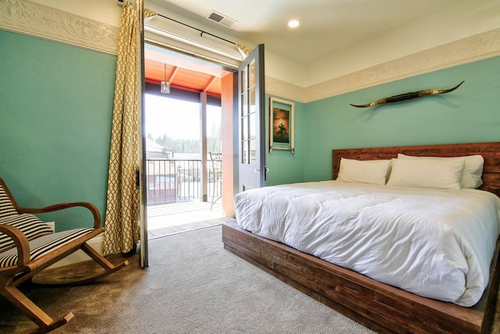 Adobe Suite - Groveland Hotel