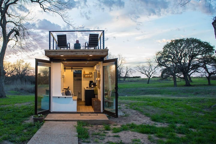 Stillwater House Tiny Container Home 12 Min To Downtown Magnolia Tiny Houses For Rent In Waco Texas United States