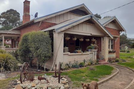 Bob's House