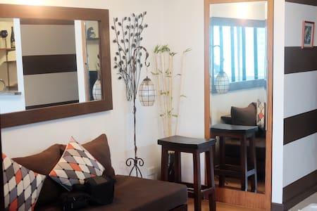Cozy hotel-type studio apartment - Wohnung