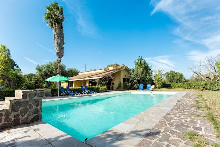 Villa indipendente  campagna con piscina privata