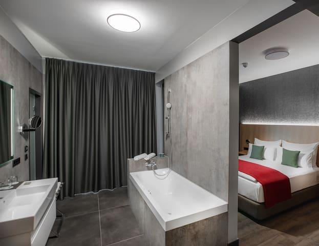 OCAK Hotel - Comfort Suite mit Panoramaterrasse