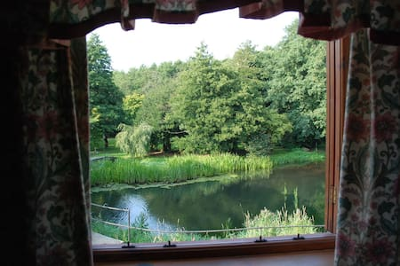 Kingfisher Cottage at Itteringham Mill