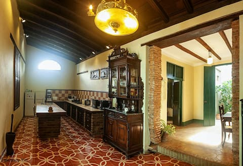 "Colonial house de1750 ""Perla Negra""(2 rooms and wifi)"