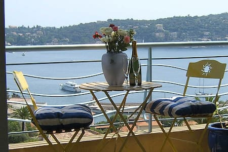 Villefranche Large Studio Apartment Fab Sea Views - Villefranche-sur-Mer