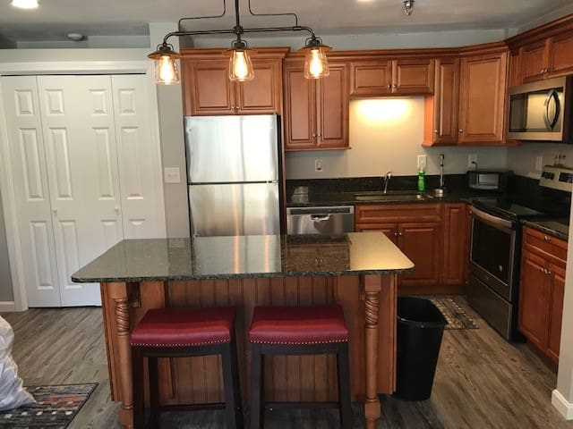 WiFi, Kitchen, Fully Appliance d 1 Bed Room Condo