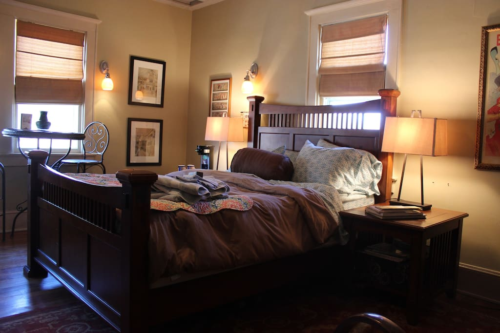 Marble Hill Inn: The Maxwell Room
