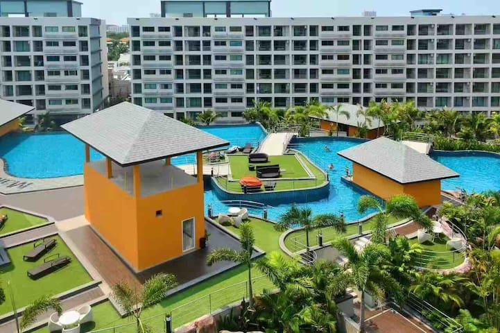 Laguna 3 Maldives Holiday Apartments 芭堤雅最大水系度假村