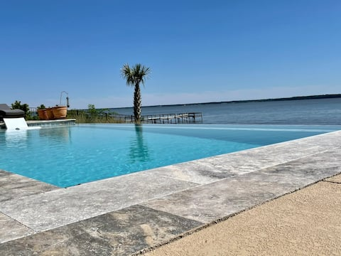 Luxury Lake Marion Dream Home 10 Minutes from I-95