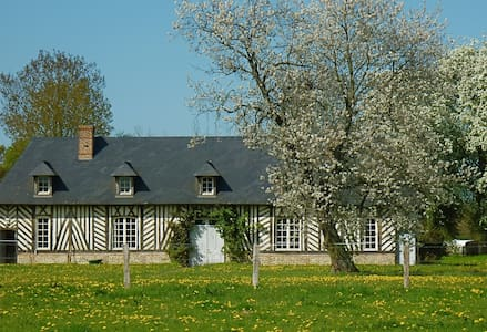 Charming large timber house - Lieurey