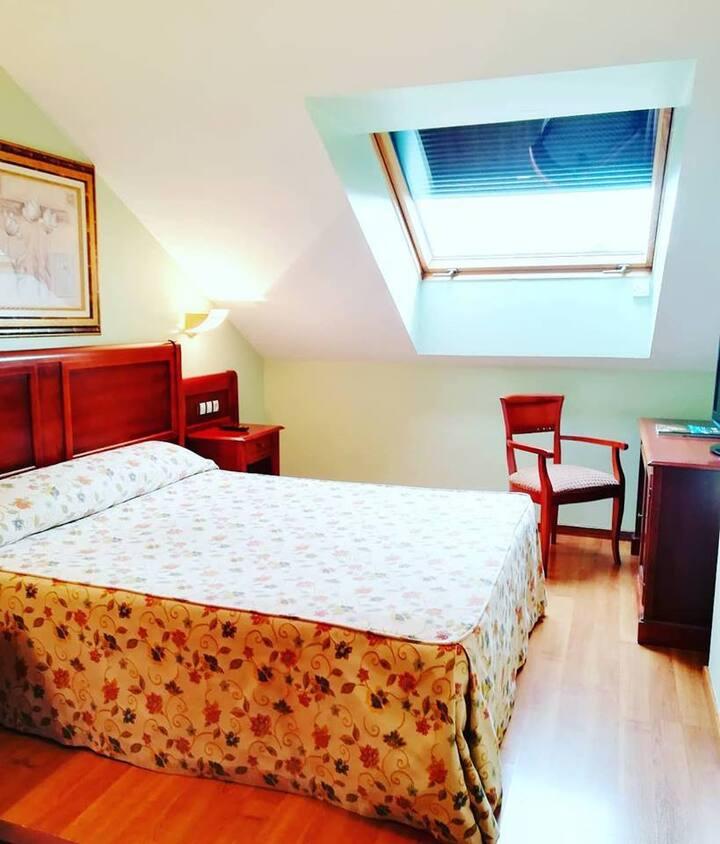 Hotel Villa de Gijon (habitación doble-una cama)