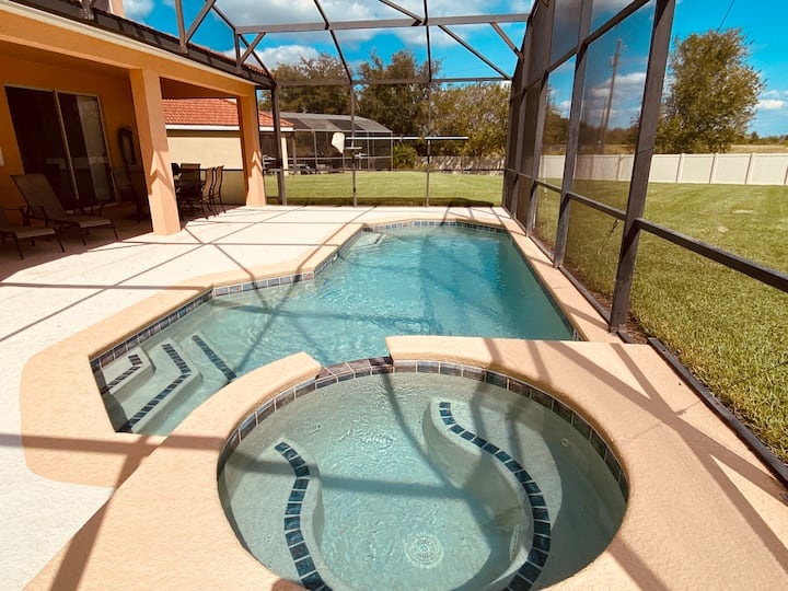 Vacation Pool home in Davenport FL pool heater