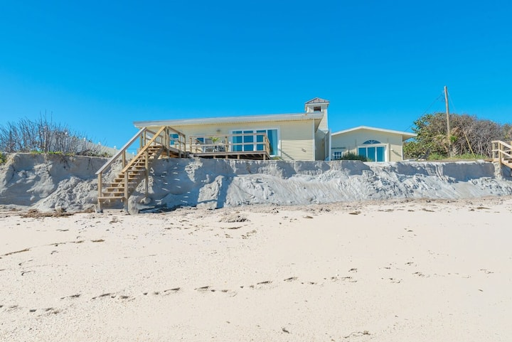 NEW! Oceanfront Beach Cottage - Coconut