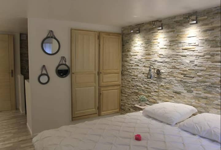 MarseilleCity - Superior room with breakfast